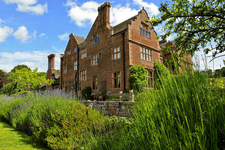Ludstone Hall
